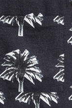 Woven T-shirt - Dark blue/Palms - Men | H&M CN 3