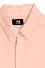 Shirt Regular fit - Light apricot - Men | H&M CN 3