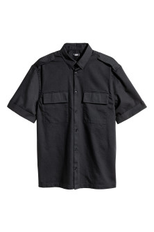 Short-sleeved utility shirt
