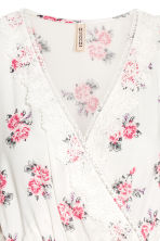 Playsuit - Natural white/Floral - Ladies | H&M 3