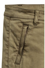 Lyocell blend cargo trousers - Khaki green - Ladies | H&M 4