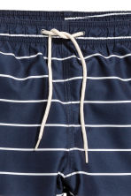 Swim shorts - Dark blue/Striped - Men | H&M 3