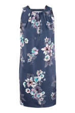 Short satin dress - Dark blue/Floral - Ladies | H&M CN 2