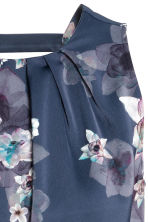 Short satin dress - Dark blue/Floral - Ladies | H&M CN 4