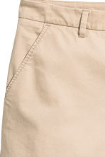 H&M+ Chino shorts - Light beige - Ladies | H&M 4