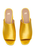 Mules - Yellow - Ladies | H&M CN 2