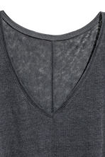 Linen V-neck top - Dark grey marl -  | H&M 4