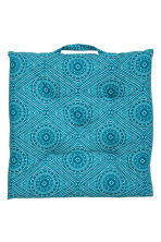 Patterned seat cushion - Turquoise - Home All | H&M IE 2