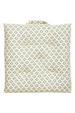 Patterned seat cushion - Natural white - Home All | H&M IE 2