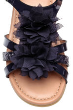 Flowery sandals - Dark blue -  | H&M CA 4