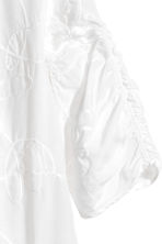 Embroidered blouse - White/Embroidery - Ladies | H&M 4