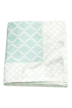 Patterned cotton tablecloth - White/Mint green - Home All | H&M CN 1