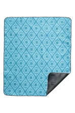 Patterned picnic blanket - Turquoise - Home All | H&M CA 2