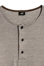 Cotton jersey Henley shirt - Dark grey/Striped - Men | H&M 3