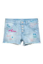 Denim shorts with embroidery - Light denim blue - Kids | H&M CN 2
