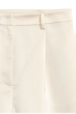 High-waisted shorts - Light beige -  | H&M 3