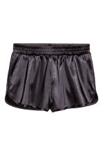 Shorts in satin - Grigio scuro - DONNA | H&M IT 2