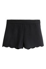 Shorts with scalloped edges - Black - Ladies | H&M CN 2