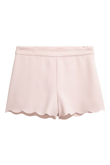 Shorts with scalloped edges