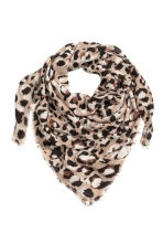 Patterned shawl - Leopard print - Ladies | H&M 1