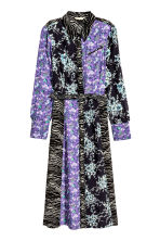 Shirt dress with a belt - Purple/Black floral - Ladies | H&M CA 2
