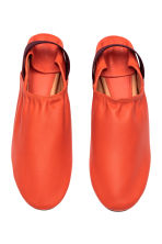 Slip-on leather loafers - Orange -  | H&M 2