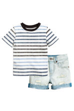 T-shirt and denim shorts - Pale denim blue - Kids | H&M CN 2