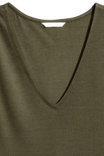 Lyocell top - Khaki green - Ladies | H&M 3
