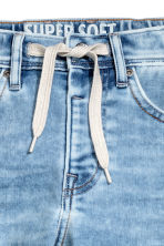 Super Soft Relaxed Jeans - Light denim blue - Kids | H&M 4