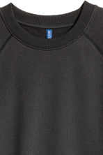 Short-sleeved sweatshirt - Black - Men | H&M CN 3