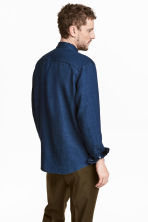 Linen-blend denim shirt - Dark denim blue - Men | H&M CN 4