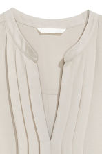 Sleeveless blouse - Light mole - Ladies | H&M 3