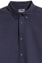 Premium cotton shirt - Dark blue/Checked - Men | H&M 3