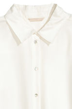 Wide silk blouse - Natural white - Ladies | H&M 4