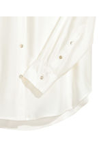 Wide silk blouse - Natural white - Ladies | H&M 3