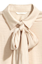 Pussybow blouse - Light beige - Ladies | H&M CN 3