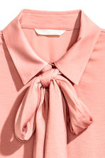 Pussybow blouse - Powder pink - Ladies | H&M 3