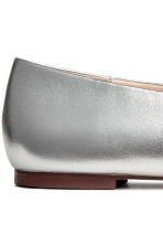 Leather ballet pumps - Silver - Ladies | H&M CN 5
