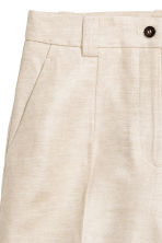 Linen-blend shorts - Natural white -  | H&M CN 4