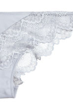 Lace briefs - Light grey - Ladies | H&M 3