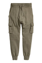 Cargo joggers - Khaki green - Men | H&M 2