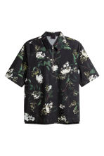 Short-sleeved shirt - Black/Floral - Men | H&M 2