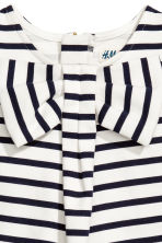 Sleeveless top with a bow - White/Dark blue/Striped - Kids | H&M 3