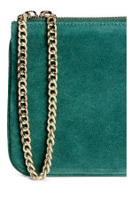 Suede pouch bag with a chain - Dark green - Ladies | H&M GB 2