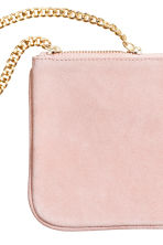 Suede pouch bag with a chain - Light pink - Ladies | H&M CN 2
