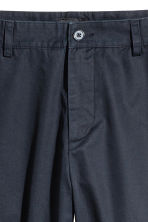 Chinos Relaxed fit - Dark blue - Men | H&M 3
