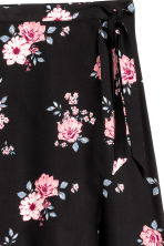Long wrapover skirt - Black/Floral - Ladies | H&M 3