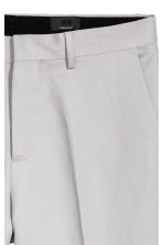 Linen-blend trousers Slim fit - Light grey - Men | H&M 4