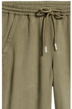 Pull-on lyocell trousers - Khaki green - Ladies | H&M CN 2