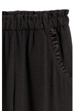 Culottes with frills - Black - Ladies | H&M CN 3